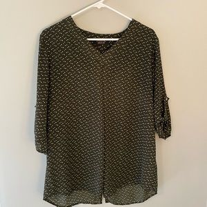Renee C hunter green top size Large
